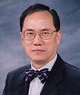 简历:香港特别行政区行政长官曾荫权
