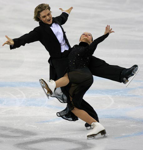 图文:冬奥花样滑冰 以色列选手Zaretski兄妹