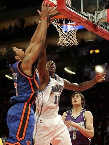 NBA图:全明星新秀挑战赛 福雷对抗霍华德