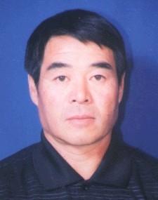 简历:全国人大代表内蒙古代表团廷-巴特尔