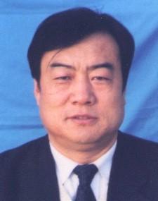 简历:全国人大代表内蒙古代表团李秉和