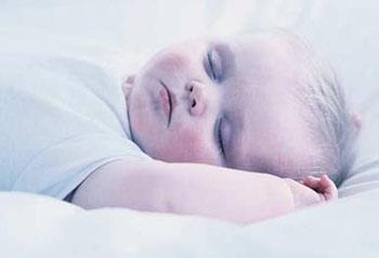 宝宝8种睡态大揭秘