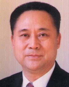 简历:全国人大常务委员会委员胡光宝