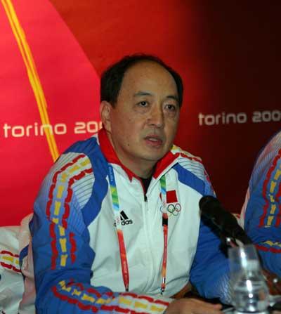图文:中国代表团冬奥总结会 肖天在发布会上讲话