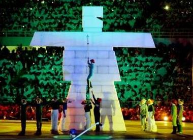 图文:冬奥会闭幕式 温哥华冬奥会的标志