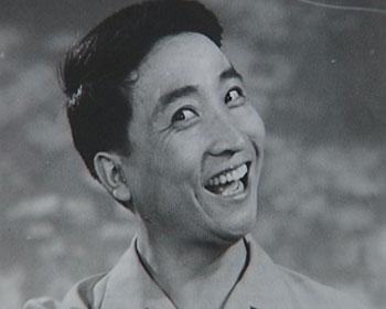 姜昆:拯救相声 笑面人生