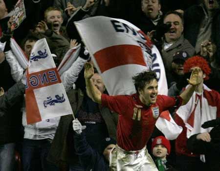 图文:热身赛英格兰vs乌拉圭 乔科尔锁定胜局