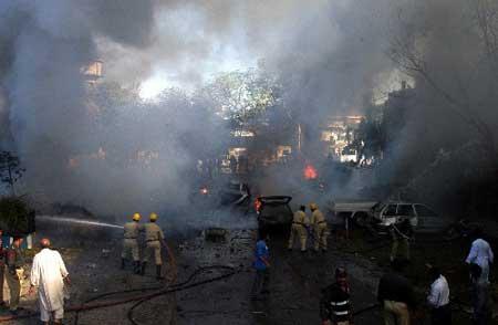 巴基斯坦官员说卡拉奇爆炸事件不影响布什访巴