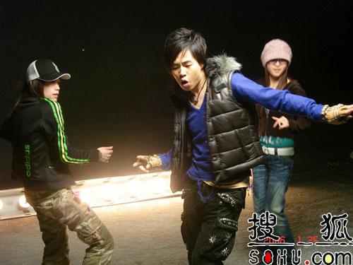 胡彦斌3月11日发行全新创作专辑《音乐密码》