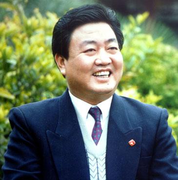 全国人大代表古井集团董事长王效金做客搜狐