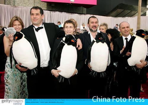 第78届奥斯卡星光大道:《帝企鹅日记》剧组