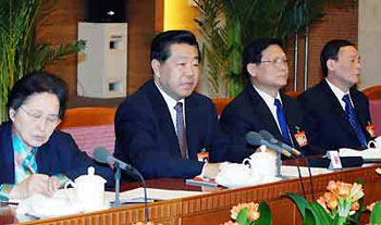 贾庆林参加北京代表团审议