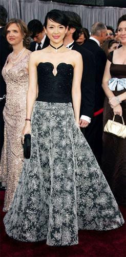 灰常点评奥斯卡礼服 看明星模特哪个更美(图)