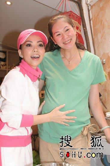 张惠妹不排除当未婚妈妈 愿为李安拍裸戏(图)