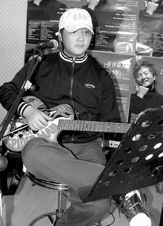 孙楠2006年巡回演唱会 钦点何洁做嘉宾合唱