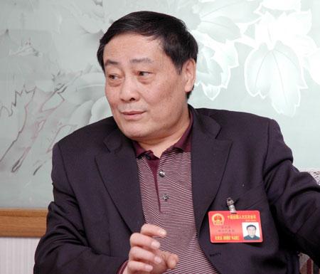 专访全国人大代表娃哈哈集团董事长宗庆后