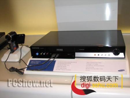 CeBIT2006:三星USB2.0接口的DVD刻录机