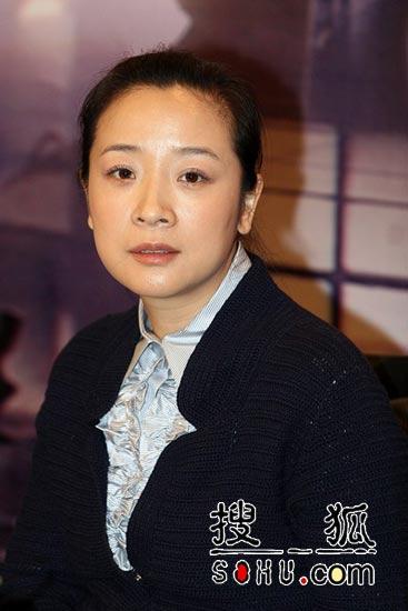 陈小艺孙红雷主演《大工匠》 举行发布会(图)