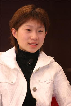 图文:张丹/张昊做客聊天 文静恬静的张丹