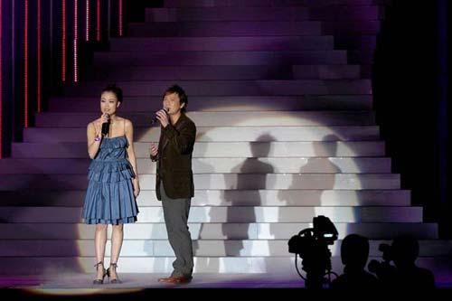 第30届香港影视娱乐博览开幕 大牌明星云集(图)