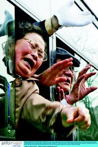 朝鲜不满绑架报道扣留韩亲属团 勒令一记者离境