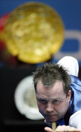 图文:中国公开赛半决赛 希金斯瞄准冠军