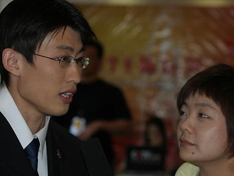 搜狐专访胡凯 眼镜飞人2006要给大家送惊喜