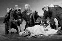 话剧《安魂曲》玩味死亡幽默搅动中国戏剧圈