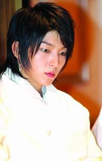 安德烈-金赞李俊基:他是韩国最美丽少年(图)
