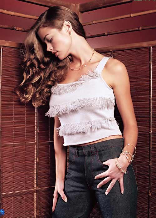 丰乳翘臀诱惑无限 全球十大褐发性感女星(图)