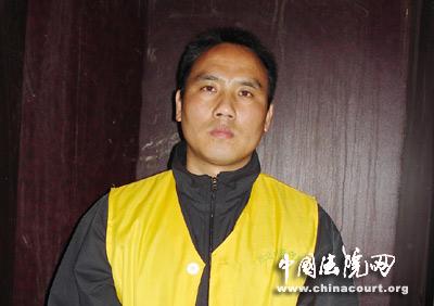 安徽淮北李洪金团伙杀人抢劫案开庭 20人涉案图片 36023 400x282