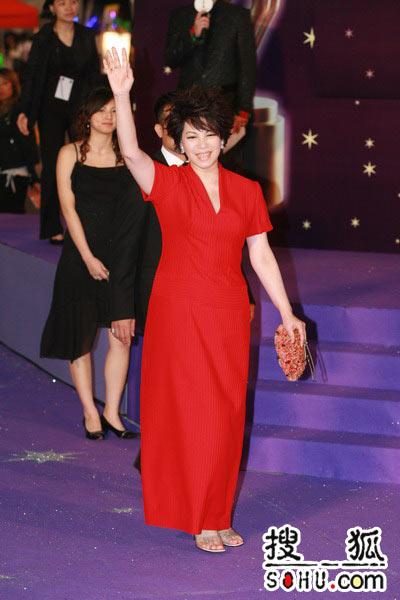 第25届香港金像奖:歌后蔡琴走过星光大道