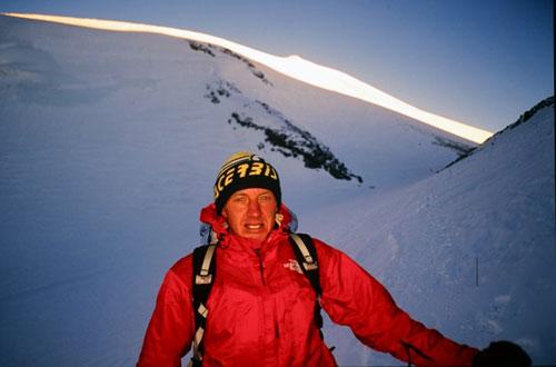 答案飘在风中--阿特峰西南壁新路线