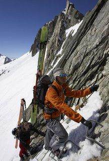 登山滑雪的开展状况