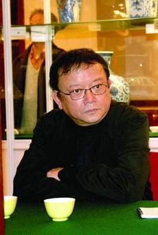 """《玉碎》央视热播 王刚自曝潘家园寻""""初恋"""""""