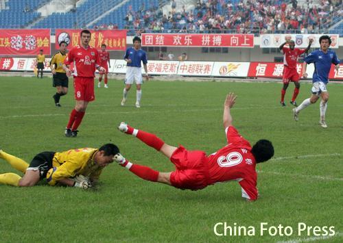 图文:厦门蓝狮0-0战平青岛中能 厦门错失良机