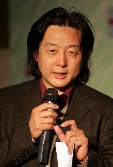 王晓鹰导演的大型神奇童话剧《怪物城堡》将演