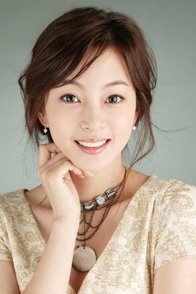 日本最小的av女演员_韩国女星美丽眼睛大比拼 看看谁的最漂亮(图)