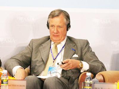 图:瑞典工业联合会主席、爱立信集团公司董事长泰斯库