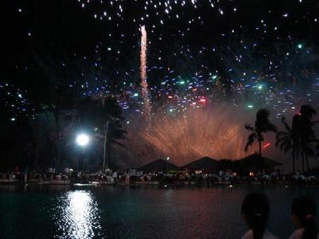 图:博鳌之夜:博鳌亚洲论坛慈善晚宴——美丽的烟花