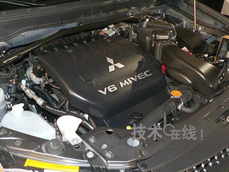 [纽约车展]三菱欧蓝德北美款配备新发动机