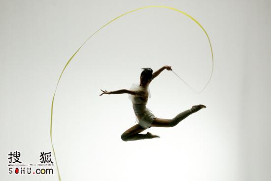 蔡依林挑战高难度 《舞娘》包含两种舞步(图)