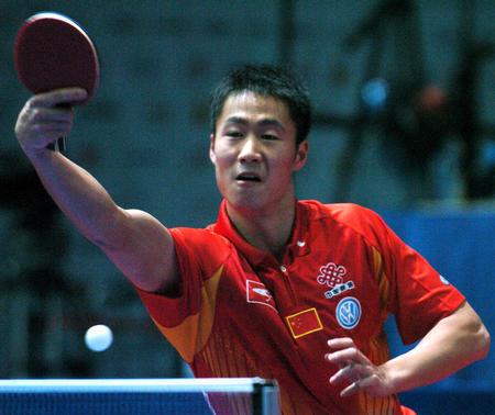 图文:男团中国3-0胜荷兰 王励勤轻松胜对手