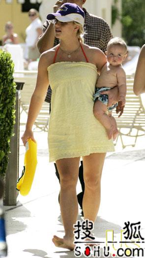 美杂志称布兰妮确实再孕 预产期为10月初(图)