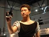 模特展示索尼DC新品