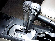 6万公里应更换自动变速箱油