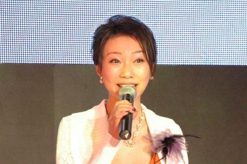 2006年P&E现场:四大美女主持(组图)