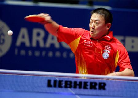 图文:中国男团3-0瑞典 马琳虎虎生威