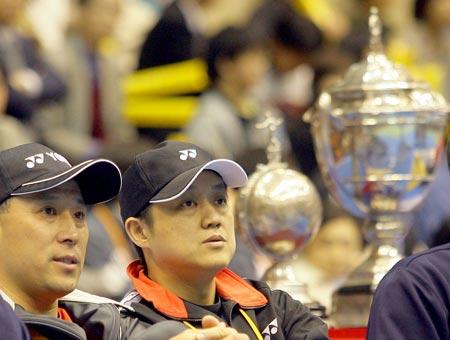 图文:2006汤尤杯开拍 李永波钟波观看比赛