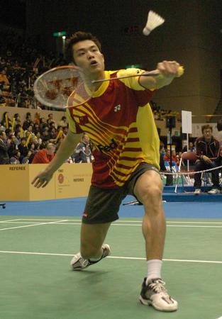 图文:汤尤杯中国男队告捷 林丹在比赛中